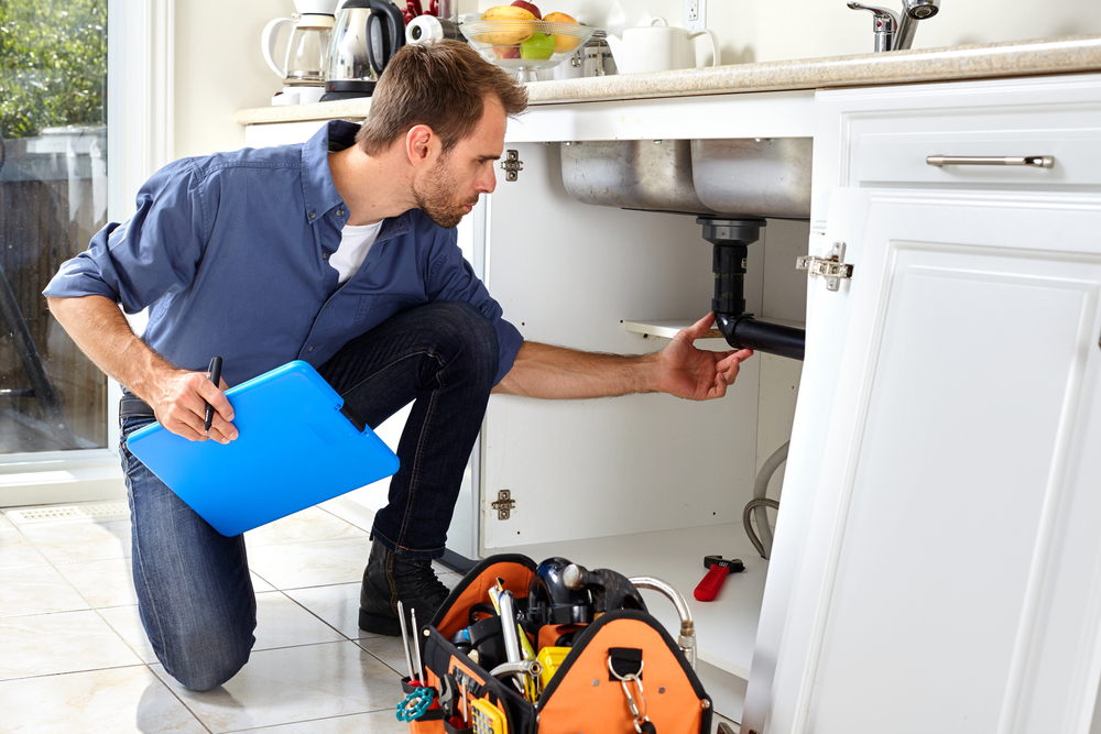 4 situations when you need an emergency plumber - Rep House